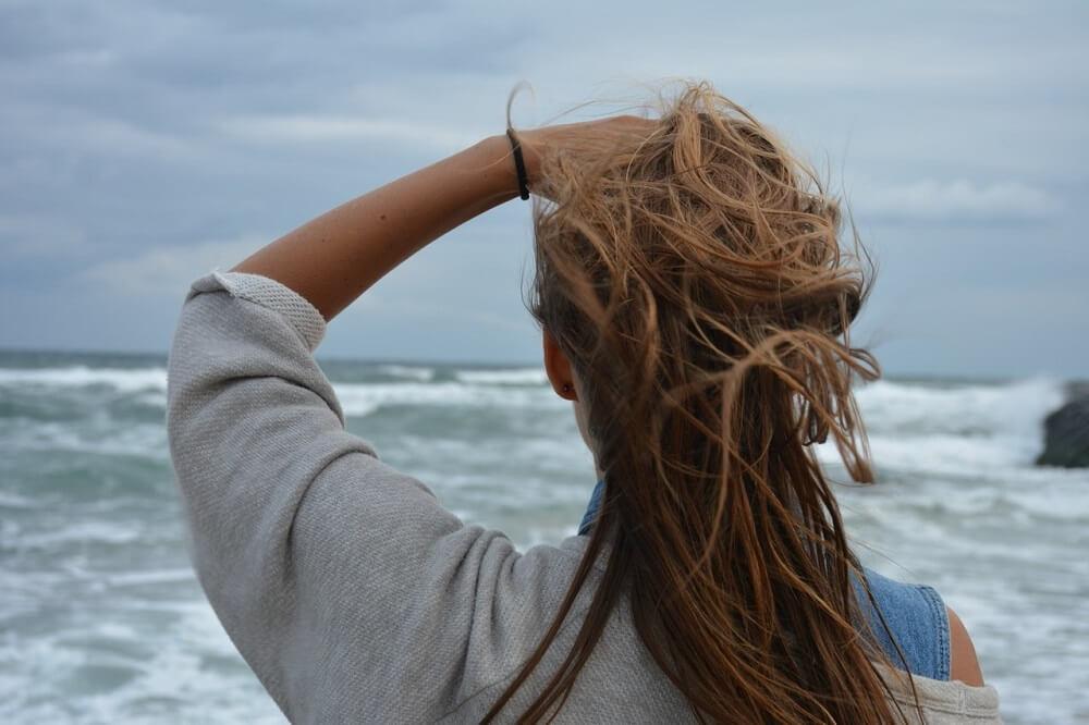 witamina b2 na wzrost włosów